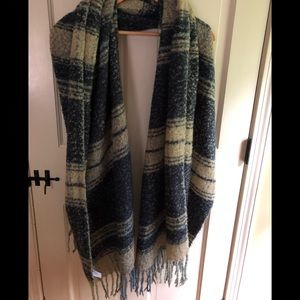 Brand new Free People blanket scarf
